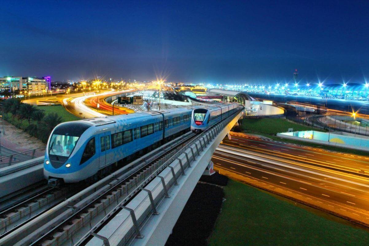 Dubai Metro Public Transport in Dubai
